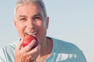 Les implants dentaires : une solution définitive aux problèmes de bouche