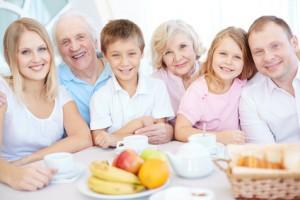 Les implants dentaires, le choix sensé pour votre santé dentaire et votre confort