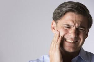 6 trucs pour calmer vos douleurs aux gencives