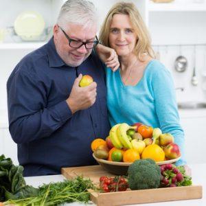 Manger normalement après la pose d'implants dentaires?