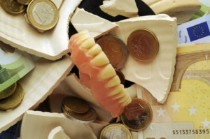 À quel prix s'attendre pour une prothèse dentaire?